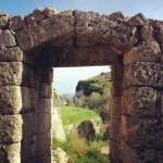 """Camminare ed emozionarsi vicino Santa Maria di Leuca, lungo il Sentiero """"Le Cipolliane""""."""