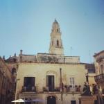 Lecce: camminando a testa in su